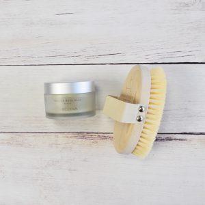 Arcona tabula rasa pads; aromatherapy associates body brush; body brushing; ingrown hairs